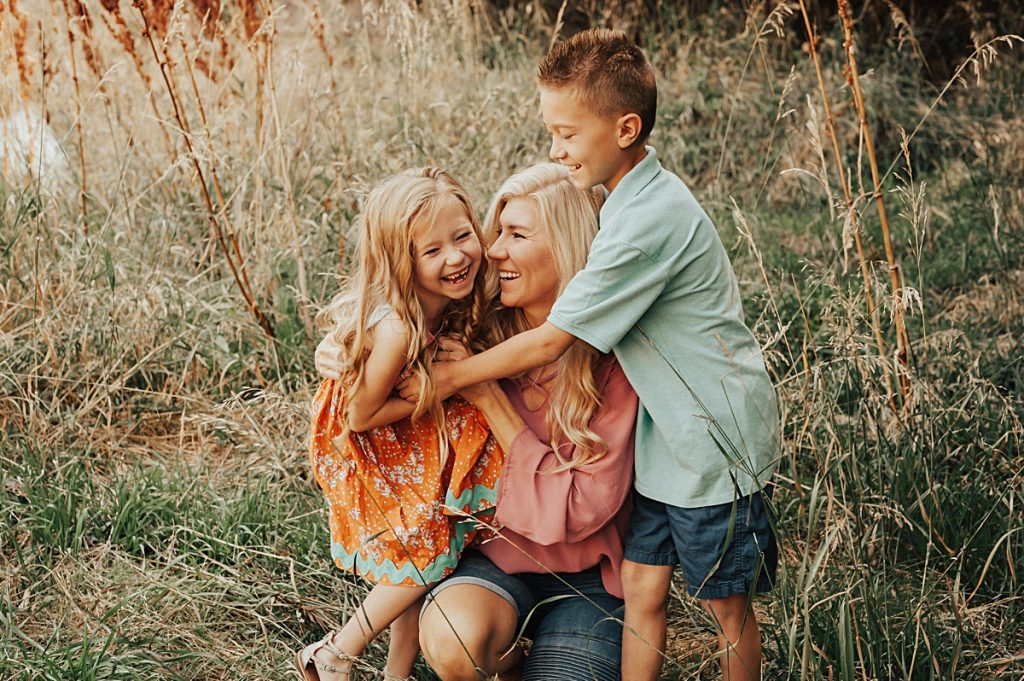 Julie + Kids || Logan, Utah Family Photographer